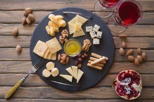 ¡Aprende a maridar quesos y vinos!