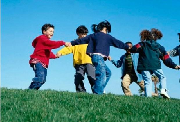 5 maneras de aumentar la confianza de tu hijo - afuera-1024x694