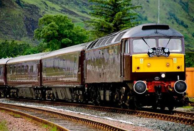 El tren en Escocia para tener una vacaciones wellness - tren-1024x694
