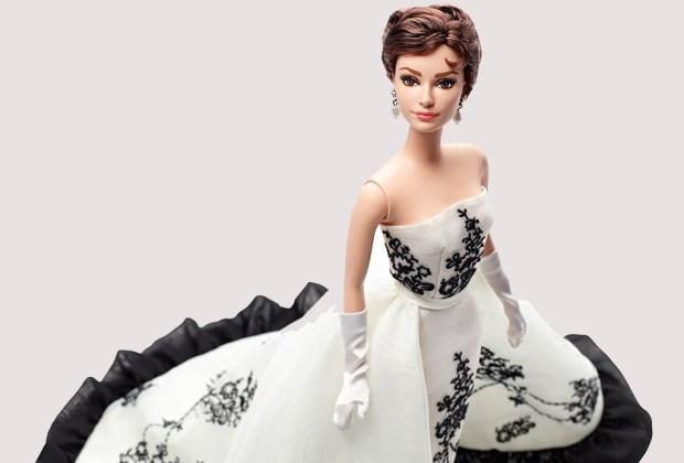 Celebridades que fueron convertidas a muñecas Barbie - audrey-hepburn-barbie-1024x694