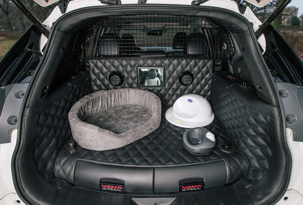 nissan x trail 4dogs la camioneta que todo amante de los perros necesita. Black Bedroom Furniture Sets. Home Design Ideas