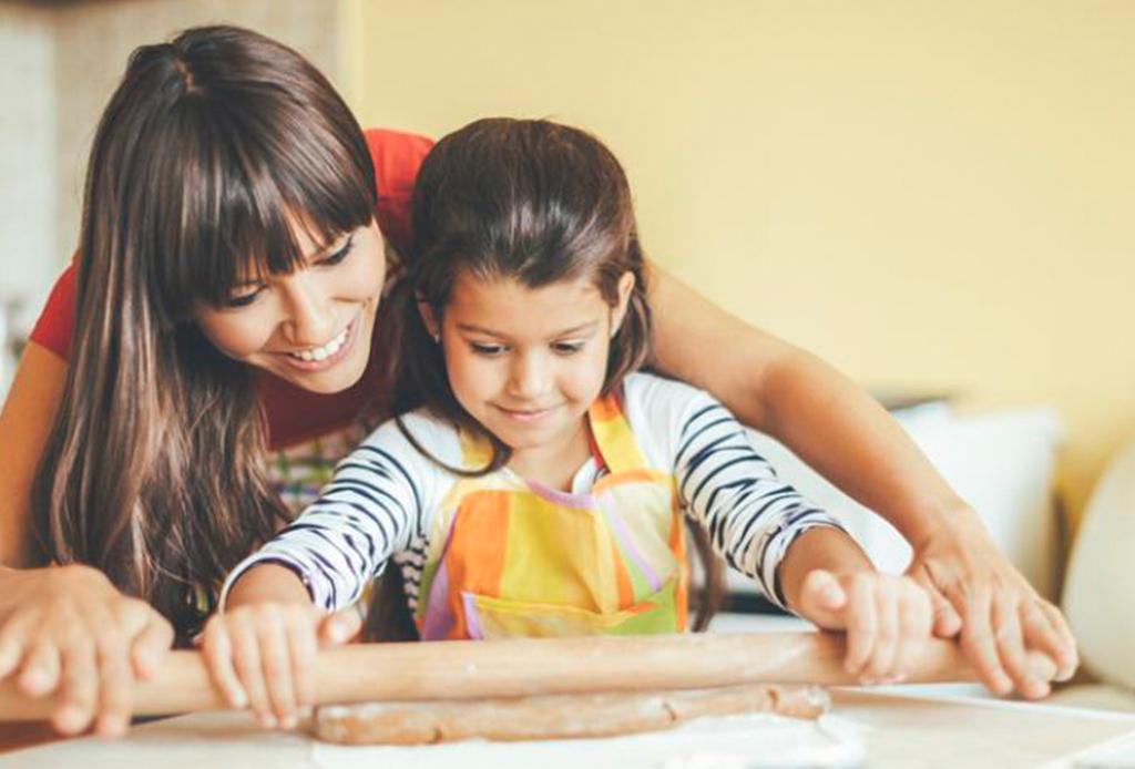 3 postres fáciles para preparar con tu hijo