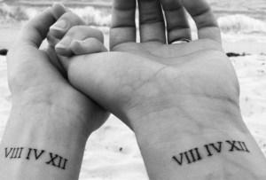 5 diseños que podrías considerar para un tatuaje en pareja