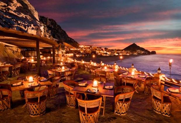 ¿De visita en Los Cabos? Estos con los hot spots foodies más cool - farralon-1024x694