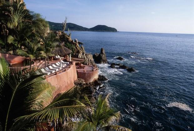 7 razones para que tu próxima vacación sea en Ixtapa Zihuatanejo - ixtapa-zihuatanejo-capella-1024x694