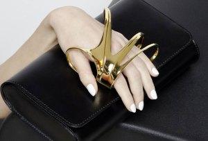 Las increíbles clutches de edición limitada creadas por Zaha Hadid