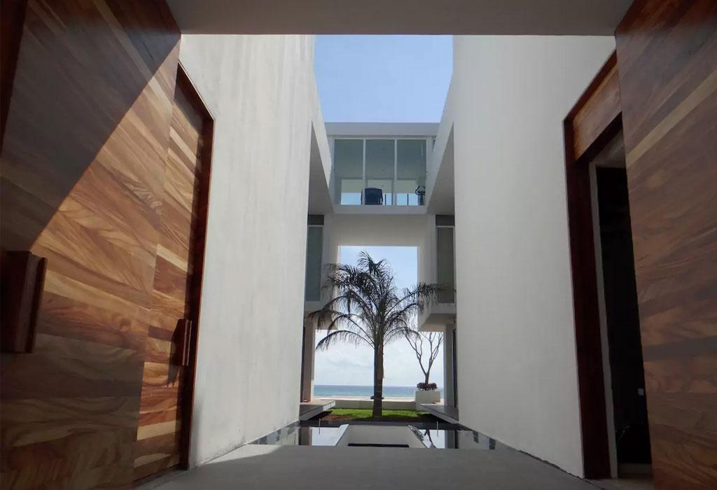 Los mejores Airbnbs en playas mexicanas para escaparte con tus amigos - casa-cancun-2