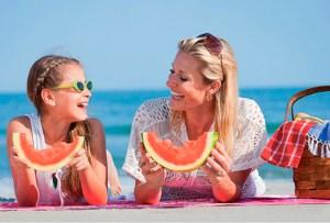 ¿Cómo evitar subir de peso en vacaciones? ¡Sigue estos consejos!