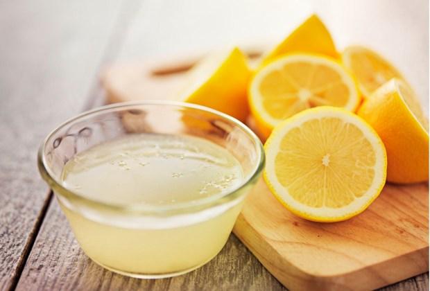 ¿Manchas en tu ropa? Estos ingredientes te ayudarán a quitarlas - limon-1024x694