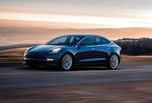 ¡Todo lo que tienes que saber del NUEVO Tesla 3!