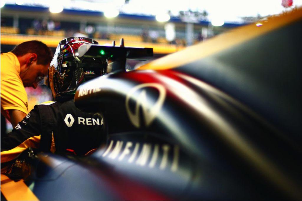 ¿Por qué es importante el traje de los pilotos en la F1?