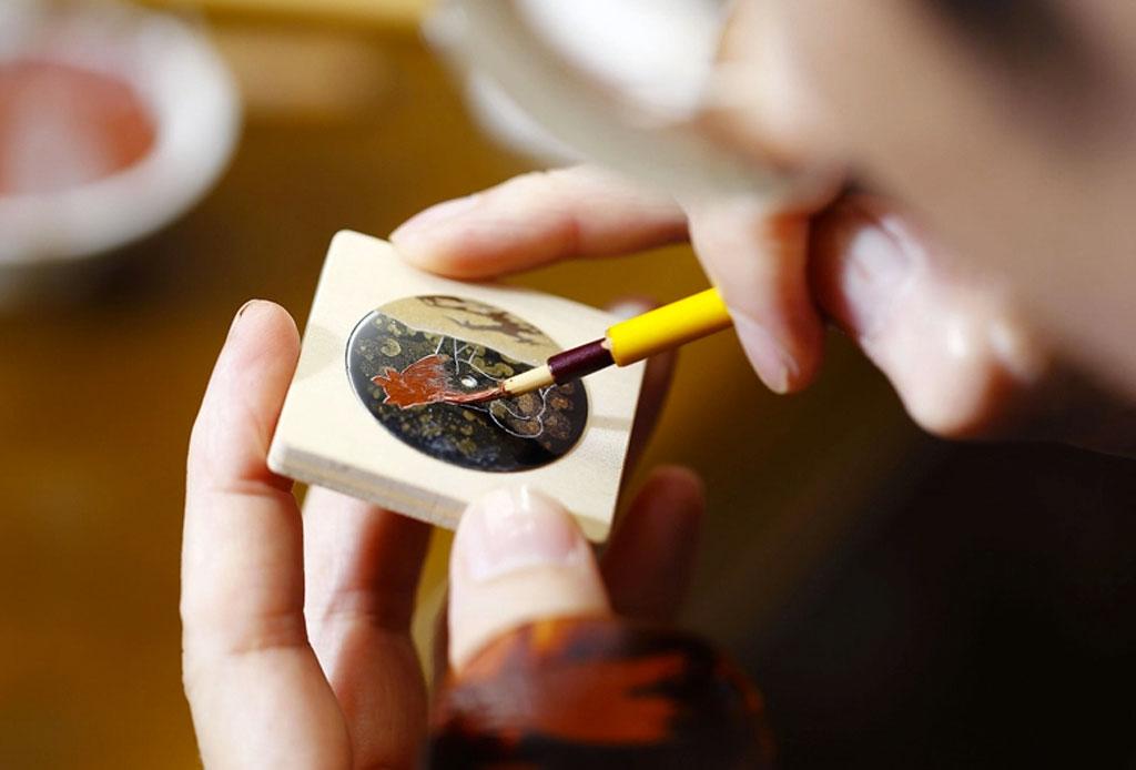 ¡Morirás de amor con este reloj que tiene a Hachiko pintado! - 3