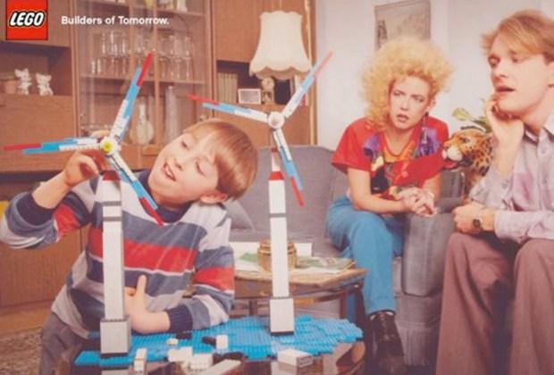 Estos son los juguetes más pedidos cada época en Navidad desde los 60's - lego-1024x694