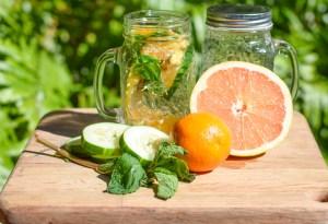 3 aguas que te ayudarán a eliminar los excesos que viviste en vacaciones