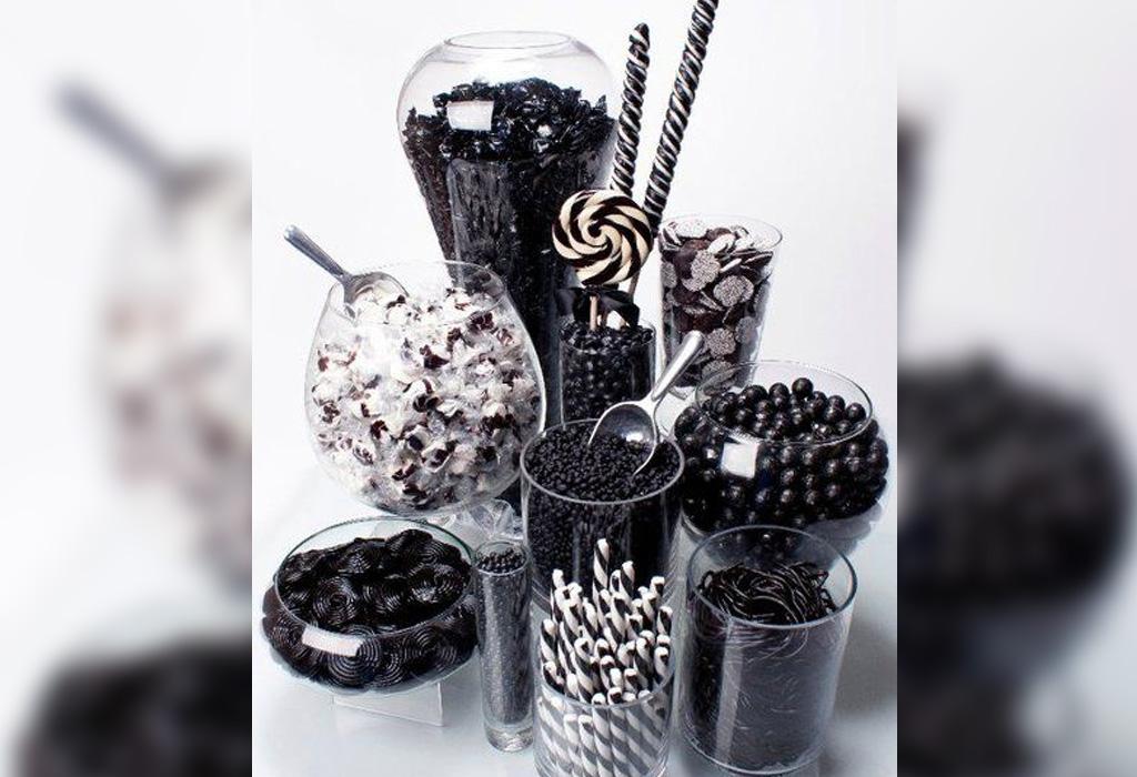 Trend alert: diferentes formas de usar detalles negros en la decoración de tu boda - dulces