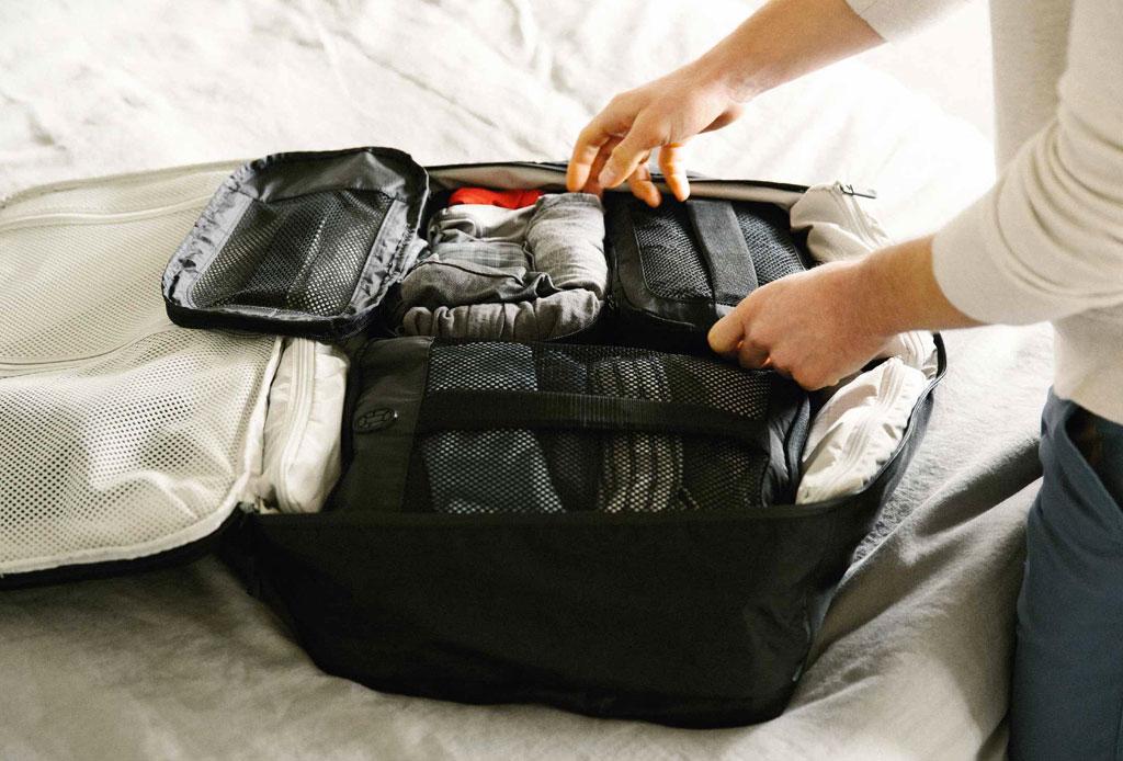 Si viajas a Perú, esto es lo que DEBES empacar en tu maleta - maleta-peru