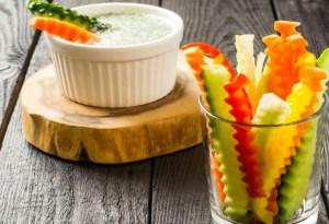 Snacks saludables que te ayudarán a seguir con la dieta