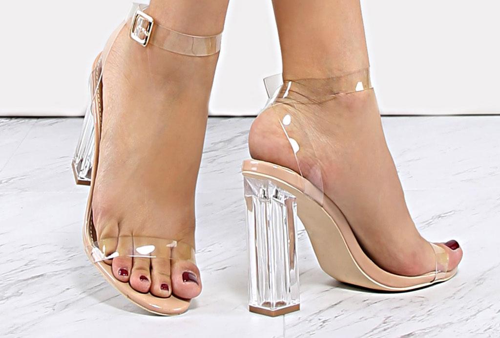 ¡Considera estos detalles antes de usar unos zapatos de plástico transparentes! - pedicure