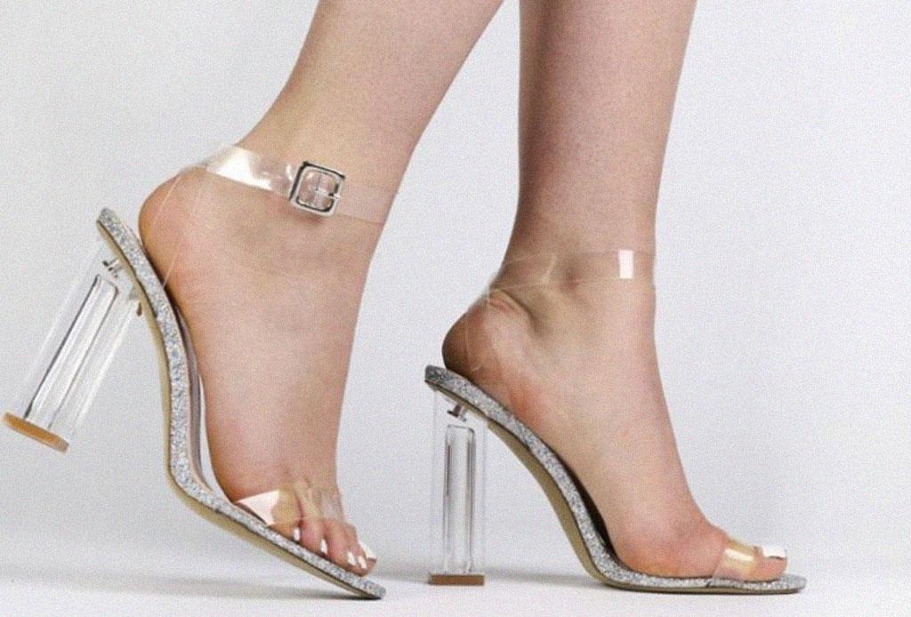 ¡Considera estos detalles antes de usar unos zapatos de plástico transparentes! - zapatos-plastico