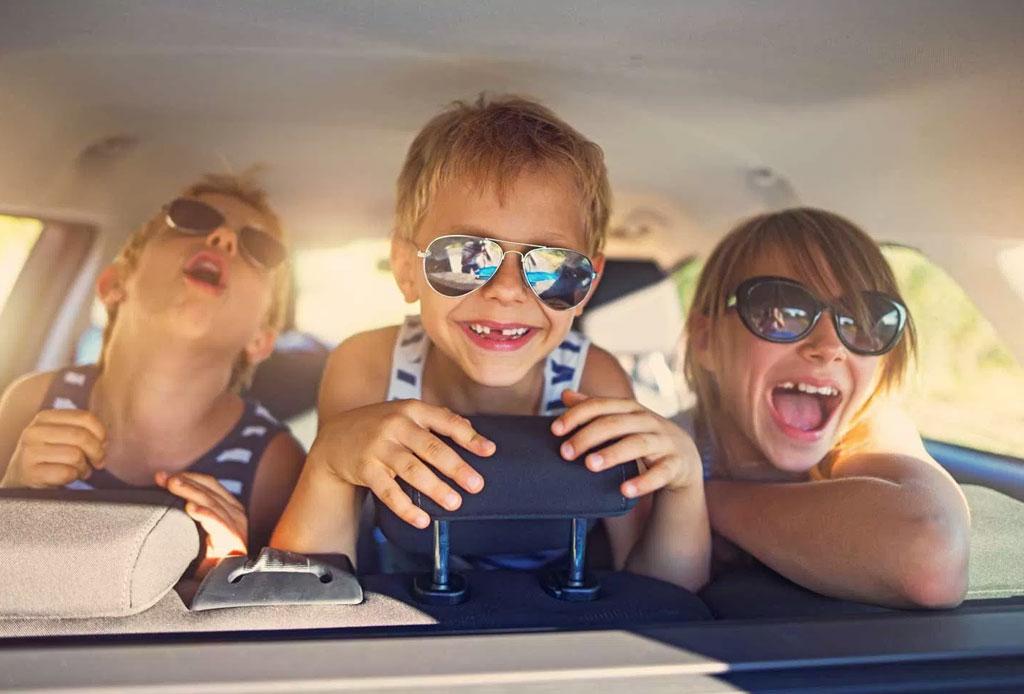 ¿Planeas un roadtrip con niños pequeños? Descarga esta playlist