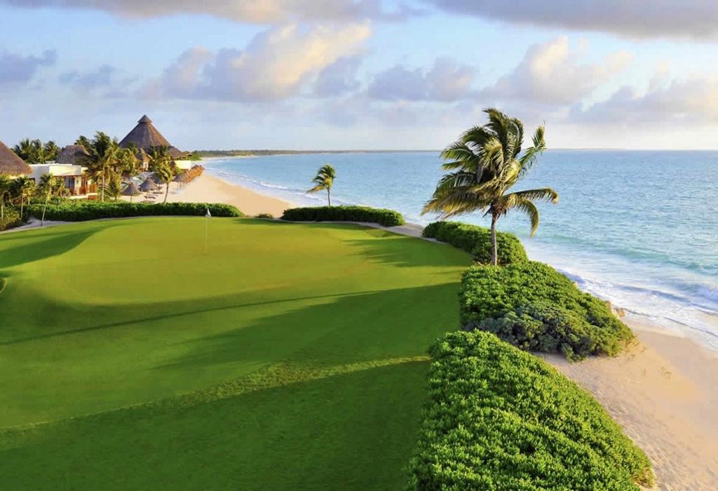 Destinos exclusivos en México para jugar golf en verano - camaleonmayakoba
