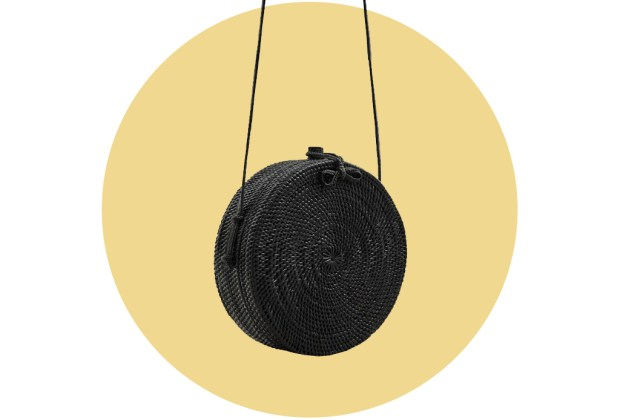 Originales bolsas de palma y bambú para complementar tu outfit veraniego - mango3