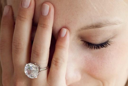 Te decimos cómo cuidar tus diamantes correctamente - womandiamonds-300x203