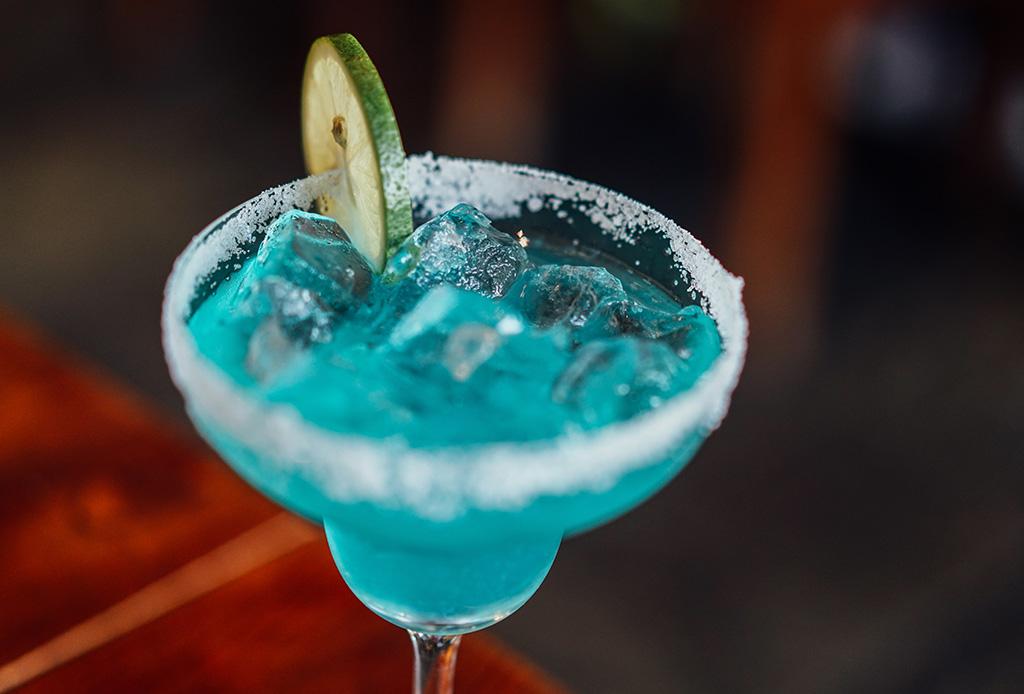Las claves para disfrutar un par de drinks y mantenerte en forma - saludable5