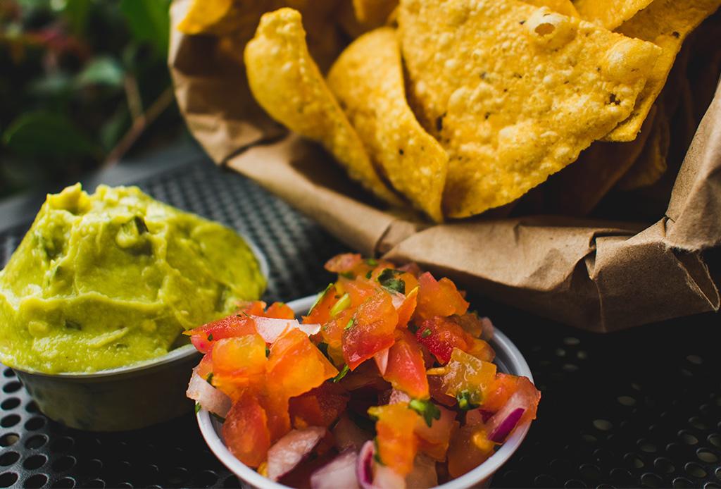 Dale un upgrade a tu guacamoles con estas 4 recetas fáciles - guacamole4
