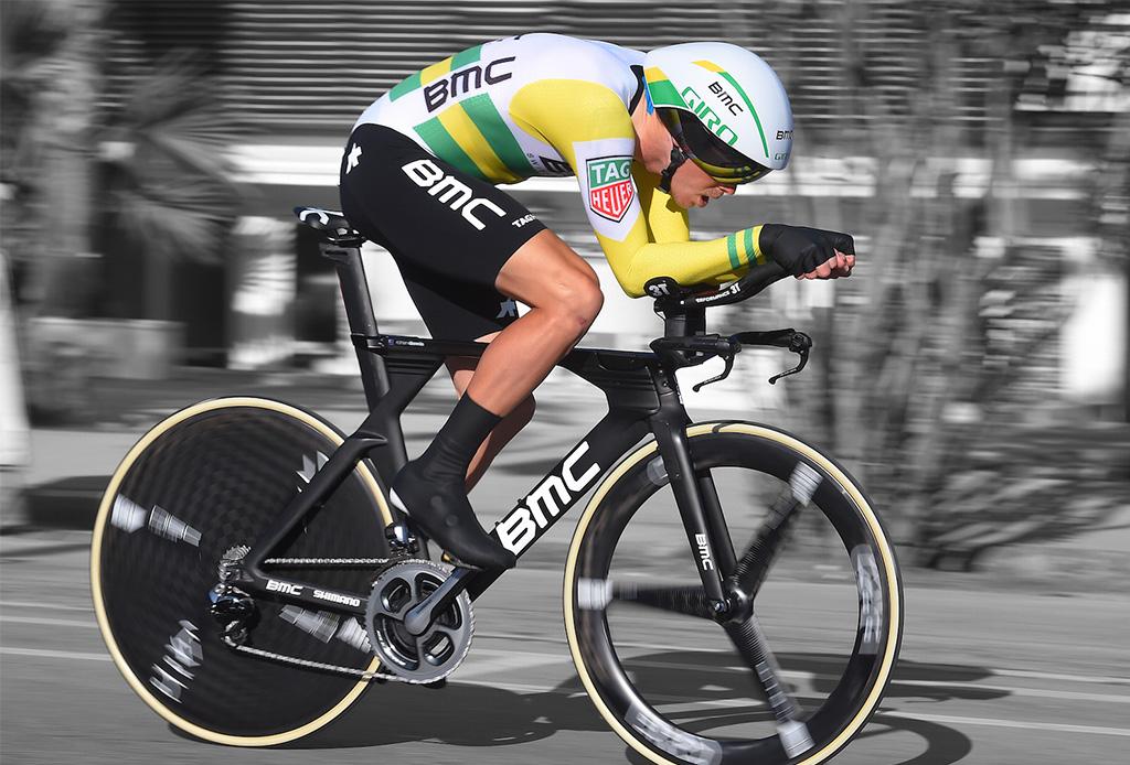 Estos ciclistas podrían competir contra un automóvil - tourdefrance3