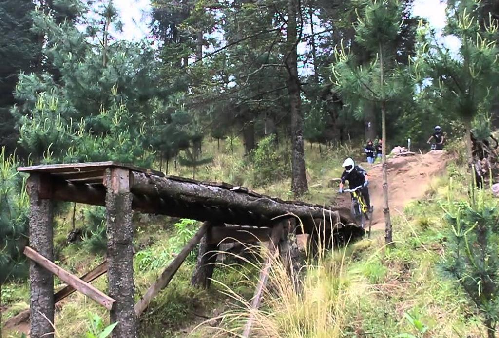 Conoce los mejores lugares para practicar Downhill en México - totolapandownhill1