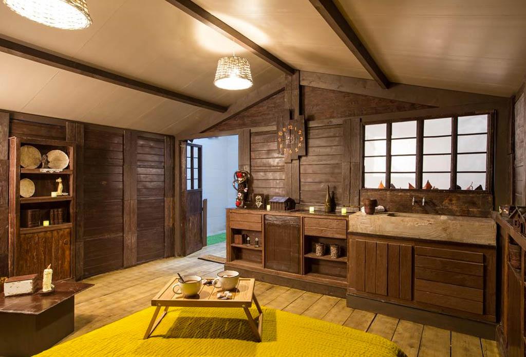 Ahora puedes hospedarte en una cabaña ¡hecha de chocolate! - cabana-chocolate-booking