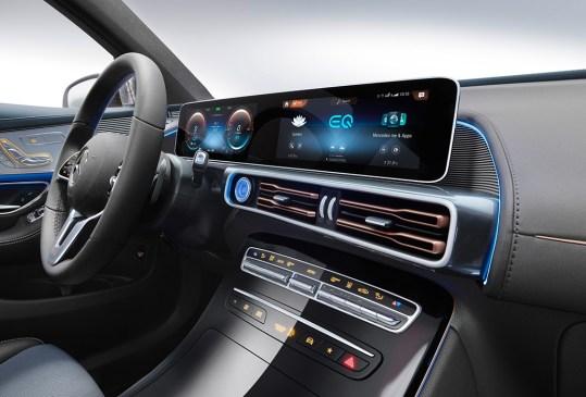 Conoce el primer auto eléctrico de Mercedes-Benz - eqc-mercedes-benz-electrico-2-300x203