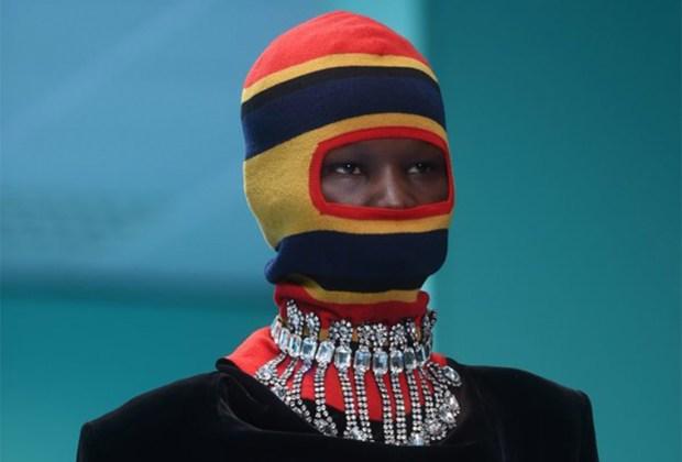 Estos diseñadores usaron los pasamontañas como protagonistas en sus desfiles - pasamontancc83as3