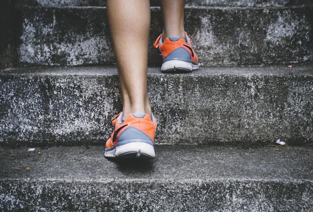 Conoce el método de alimentación intuitiva para mantenerte en tu peso ideal - tips-dejar-de-comer-compulsivamente6-1024x694