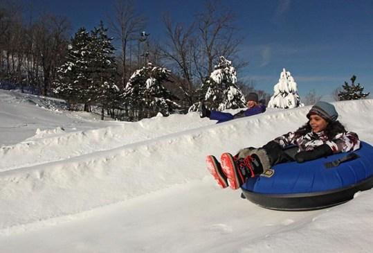Es hora de descubrir otro spot para esquiar: Blue Mountain, Ontario - blue-mountain-canada-ski-3-300x203