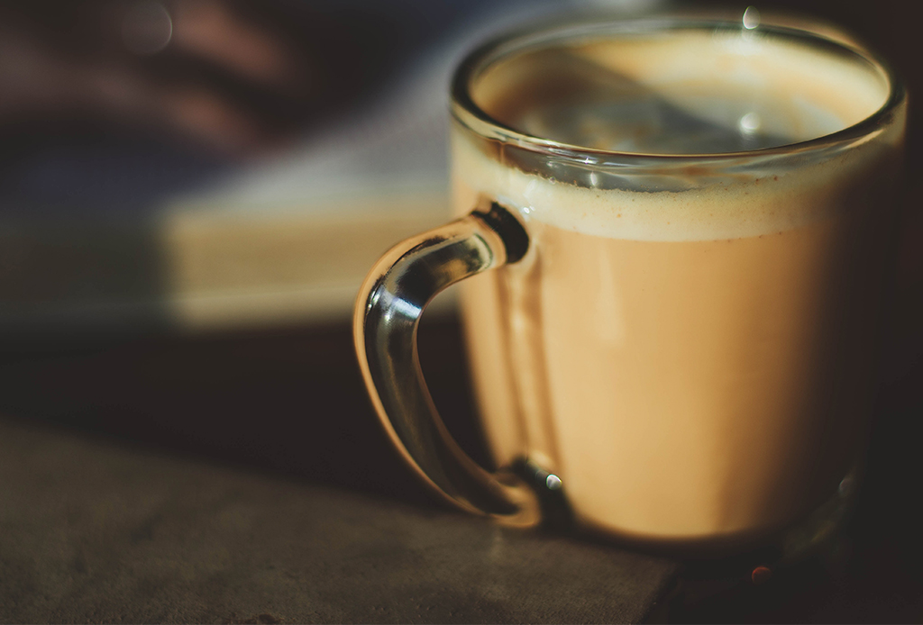 5 bebidas para mantenerte con energía todo el día - bulletproof-cofee-1-1024x694
