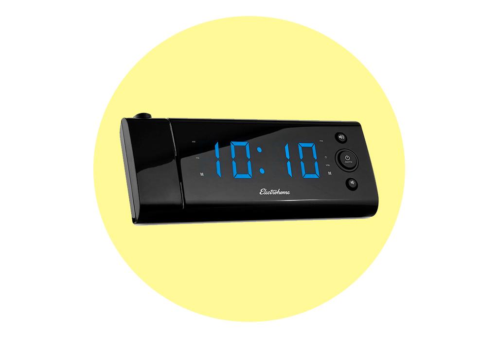¡Despégate de tu teléfono! Usa alguno de estos increíbles relojes de buró como despertador - despertadores1