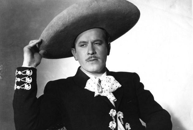 ¿En dónde descansan los restos de los personajes mexicanos más famosos? - pedro-infante-1024x694