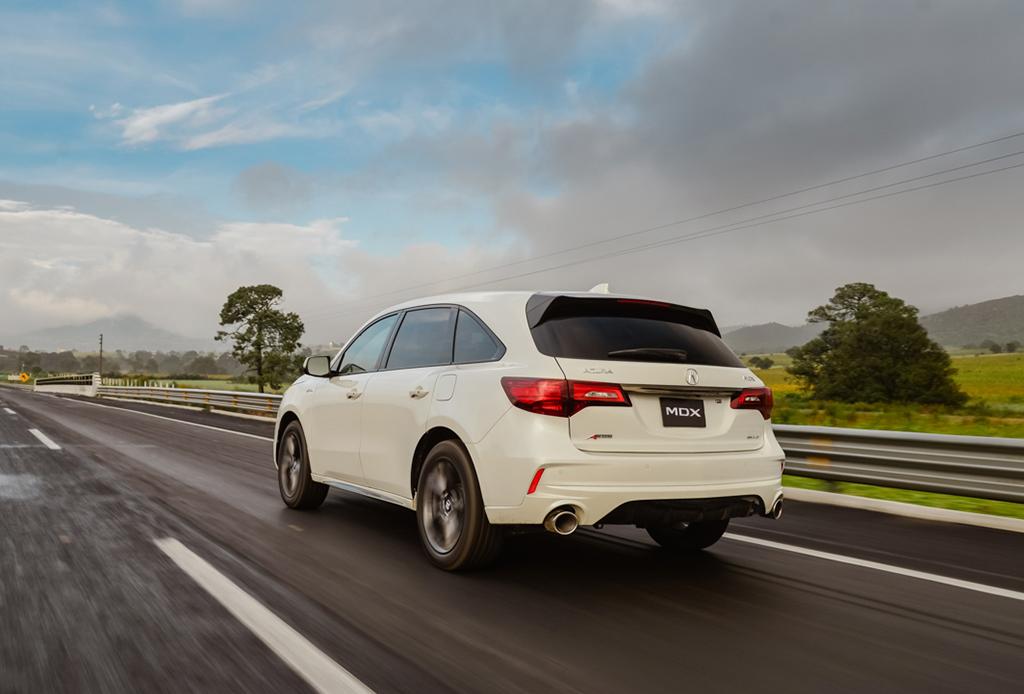 5 razones por las que la nueva Acura MDX debería ser tu próximo coche - acura-mdx-6