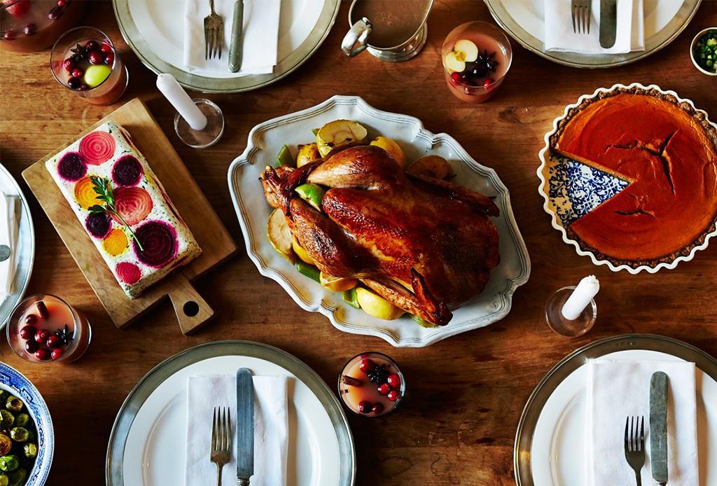 7 restaurantes de la CDMX que ofrecen menú especial de Thanksgiving - cena-thanksgiving-5