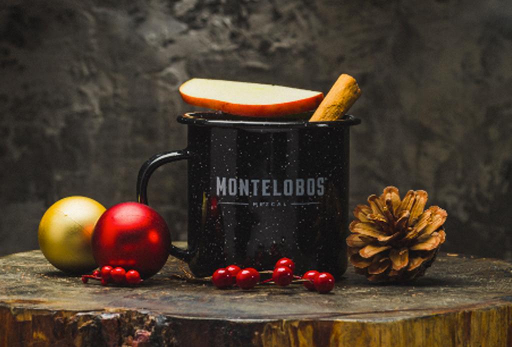 8 bebidas (para todos los gustos) para celebrar las fiestas de Navidad - coctel-navidencc83o-mezcal-1-1024x694
