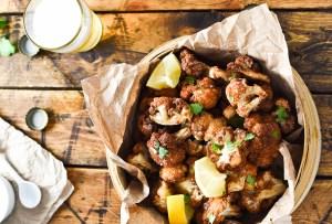 Prepara una deliciosa coliflor mediterránea con esta receta