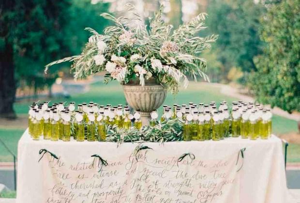 ¡Adiós a los típicos recuerdos de las bodas! Sorprende a tus invitados con estos originales detalles - aceite-de-oliva-1024x694