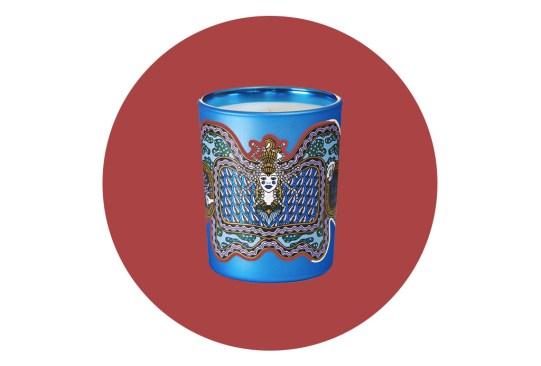 Complementa el ambiente navideño de tu hogar con estas velas - velas-aromaticas-navidad-dyptique-300x203
