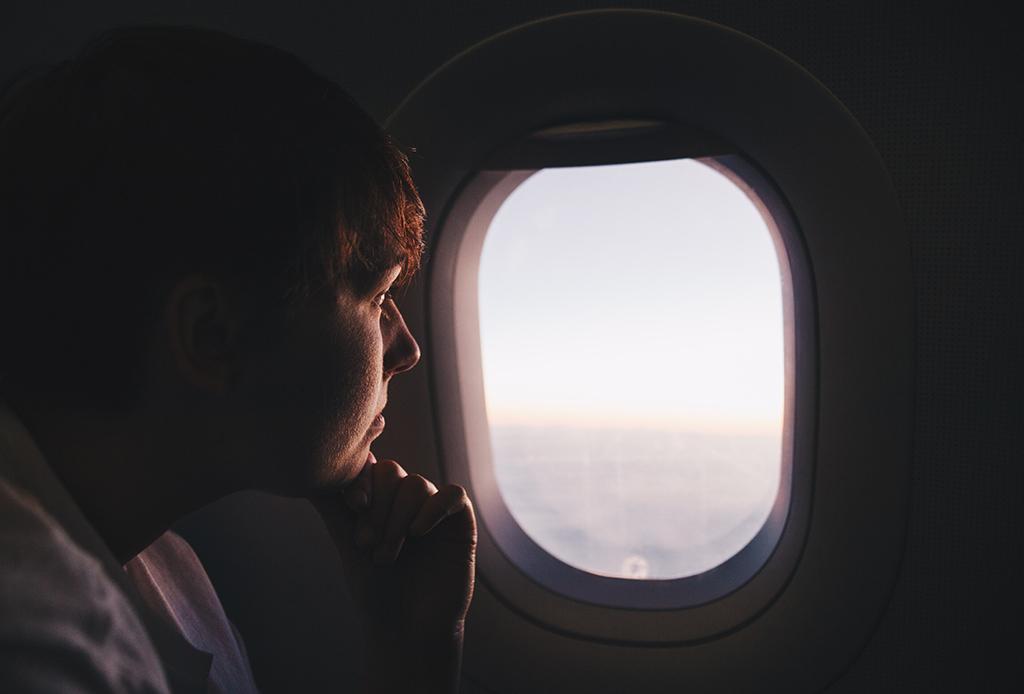 Deberías seguir estos consejos para que volar en avión no te afecte - viajar-mejor-8