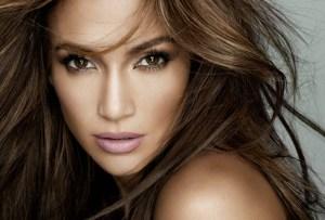 Por estas razones morimos por conocer la nueva marca de skincare de J.Lo