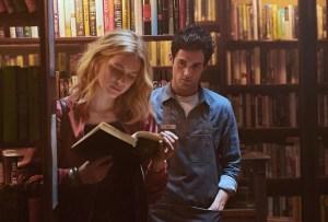 «YOU», la serie de Netflix que tienes que ver para distinguir el amor del acoso