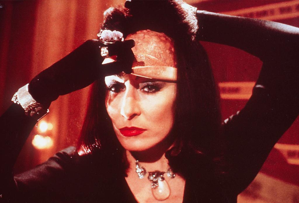 """5 curiosidades que no sabías de la nueva versión de la película """"Las Brujas"""" - brujas-pelicula-2"""