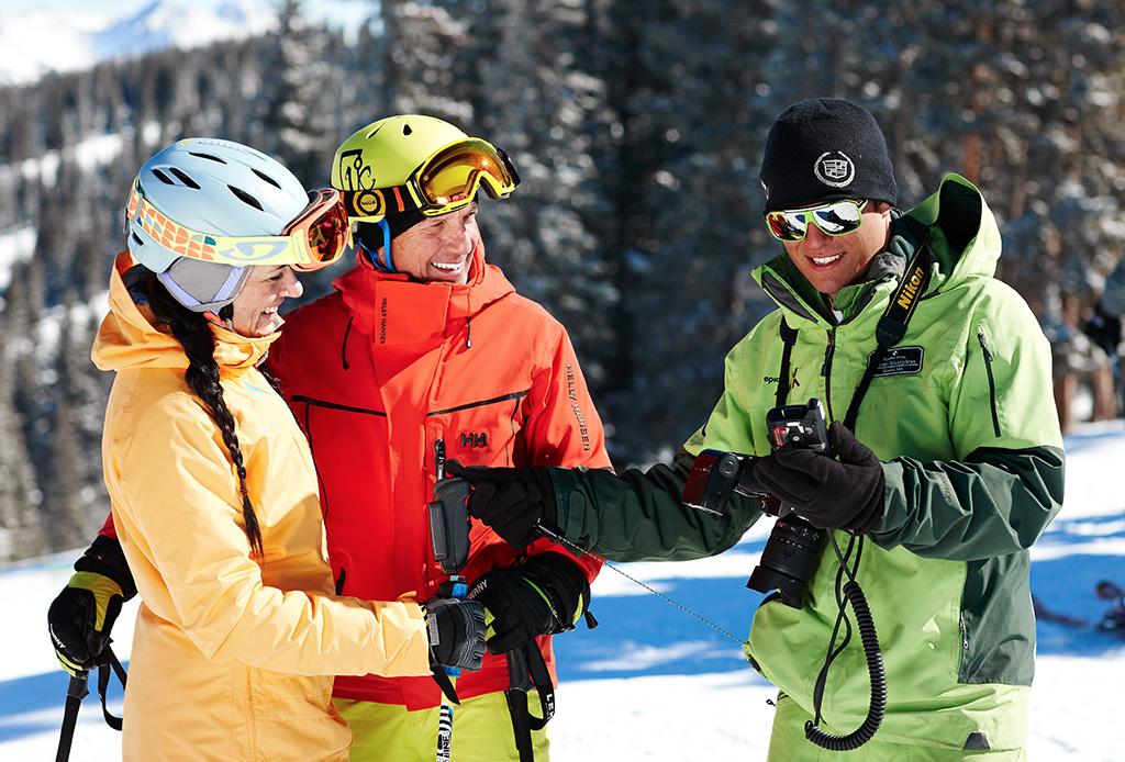 ¡Atención amantes del esquí! Presentamos Emma: la primer asistente digital de montaña del mundo - emma-vail-3